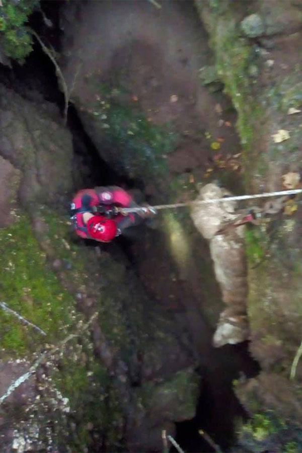 akacija spašavanja psa iz jame